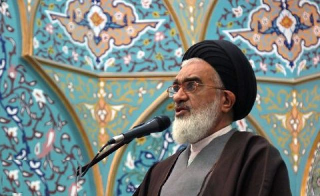 ثمره انقلاب اسلامی تحقق کرامت در مقیاس جهانی است/ کرامت جامعه بدون رهبر الهی قابل تحقق نیست