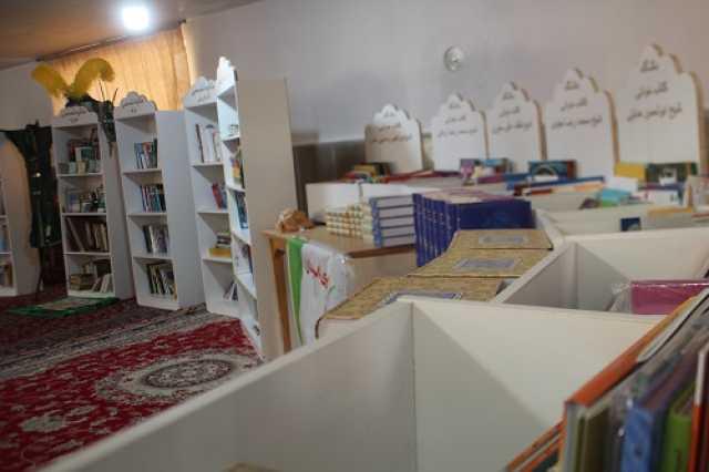 رونمایی از طاقچه های تخصصی کتاب/ احکام مربیان باشگاه های کتابخوانی اعطا شد
