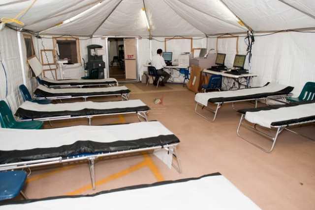 مراجعه هزار زائر به بیمارستان صحرایی ارتش در مرز شلمچه