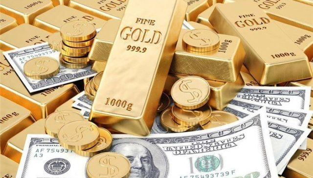 هر گرم طلای ۱۸ عیار یک میلیون و ۷۸ هزار تومان / دلار ۲۲ هزار و ۲۹۶ تومان