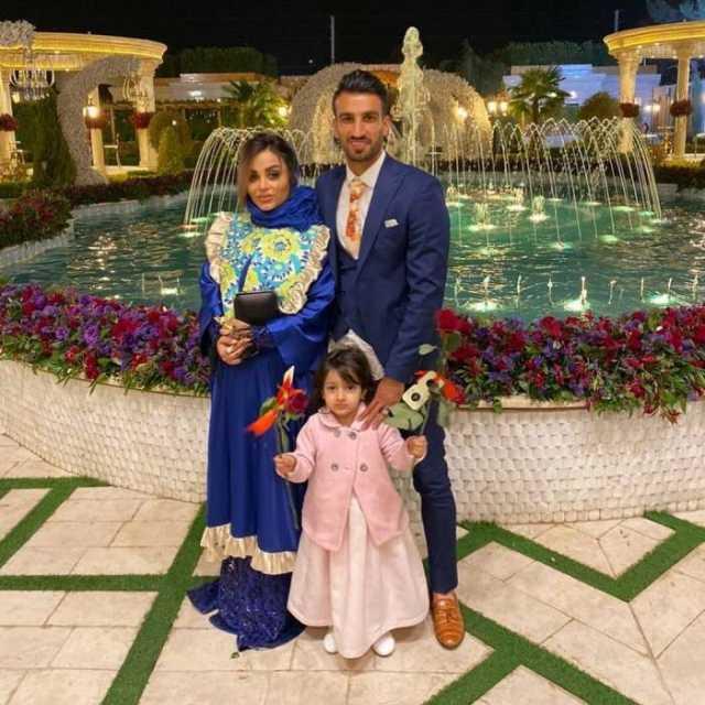 عکس  حسین ماهینی و همسرش در مراسم عروسی سیامک نعمتی