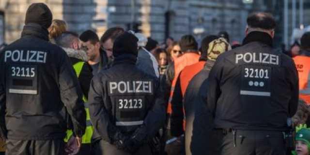 حمله مهاجمان مسلح به یک مرکز تجاری در برلین/ 11 نفر مجروح شدند
