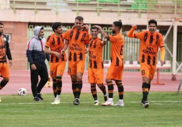 لیگ دسته اول فوتبال| ادامه صدرنشینی مس کرمان و برتری ملوان در جدال شمالیها
