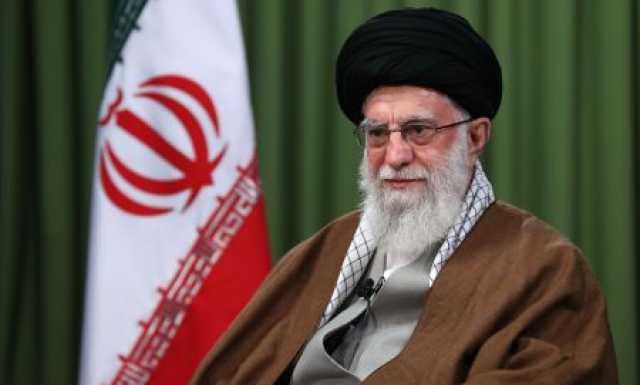 رهبر انقلاب: بعضی از سخنان مسئولان، تکرار حرف های خصمانه آمریکایی هاست/ سیاست خارجی در وزارت خارجه تعیین نمیشود