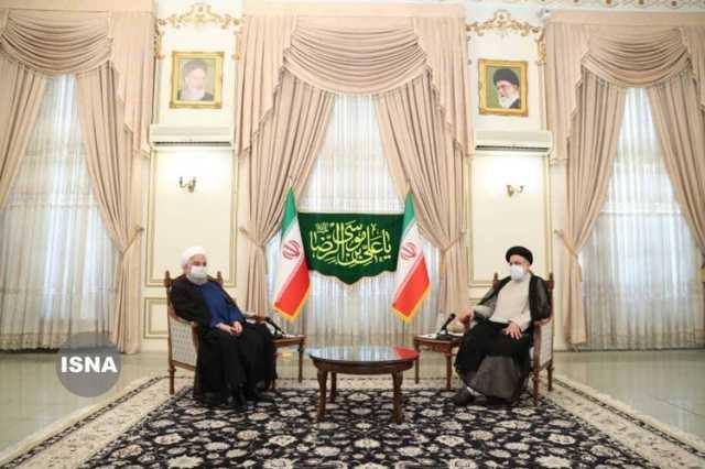 تصویری از حضور روحانی در دفتر رییسی