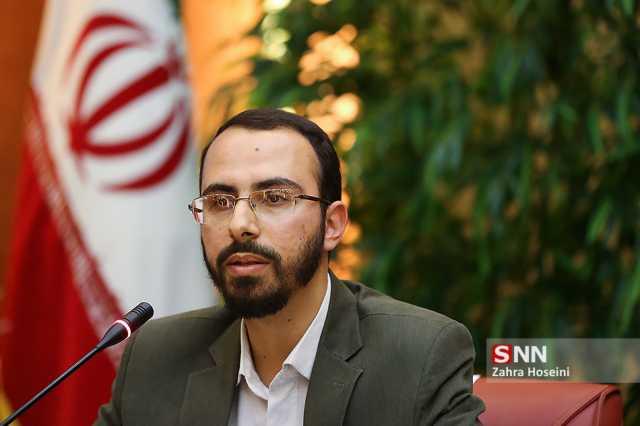 دانشگاههای ما با تراز انقلاب اسلامی فاصله دارند