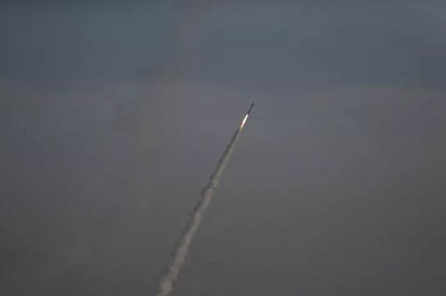 حمله راکتی جنگندههای سعودی به مناطق مسکونی یمن