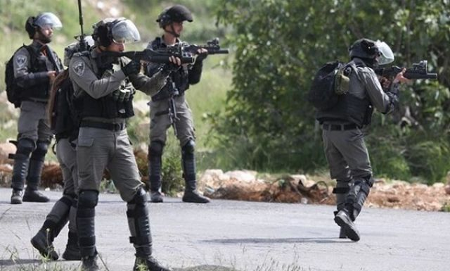 رژیم صهیونیستی یک جوان فلسطینی را به خاطر داشتن چنگال و چاقو بازداشت کرد