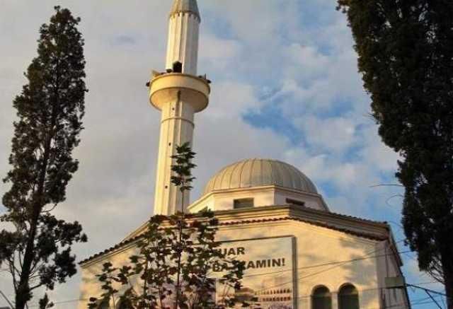 در حمله به مسجدی در آلبانی۵ نفر مجروح شدند