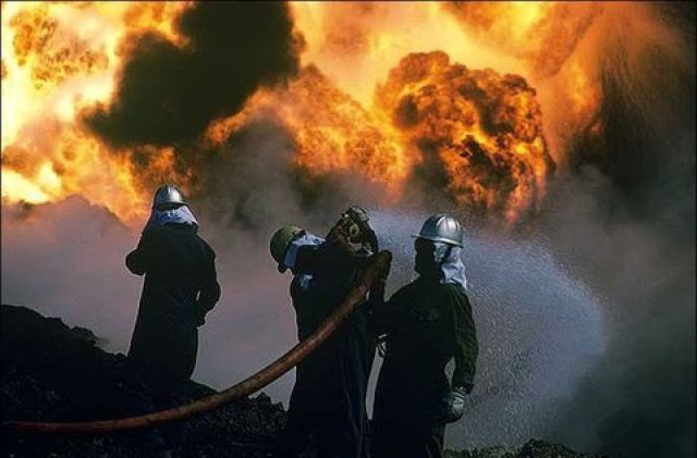 مهار آتشسوزی کارگاه تولیدی شهرک صنعتی سیمین دشت