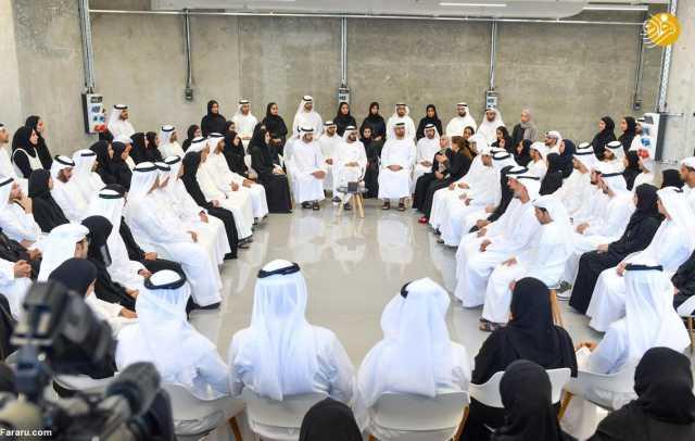 (تصاویر) 'طوفان فکری' حاکم دبی با زنان جوان