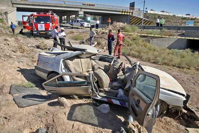 ۴ کشته و ۲ مجروح در پی واژگونی پژو ۴۰۵ در ورودی مشهد