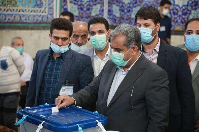 استاندار قزوین: مردم اعتراض خود را با حضور پای صندوق رأی نشان دهند