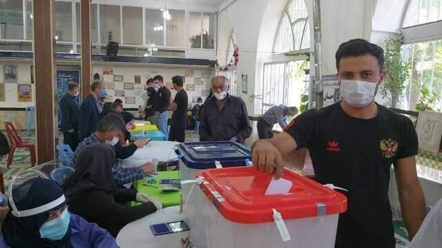 انتخابات در چهارمحال و بختیاری به نحو مطلوب در حال انجام است