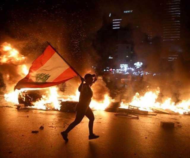 تظاهرات در لبنان برای محکوم کردن اوضاع نابسامان معیشتی