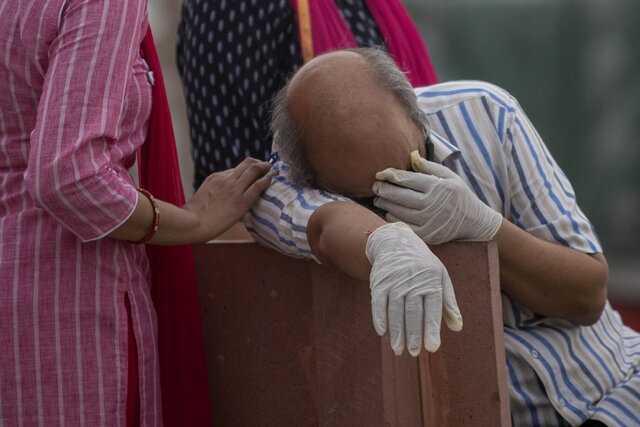 شناسایی بیش از ۴۱۴ هزار مورد جدید کرونا در هند طی ۲۴ ساعت