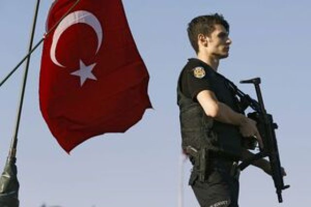 ترکیه «برای اسکان آوارگان» در «ادلب» ساختمان میسازد