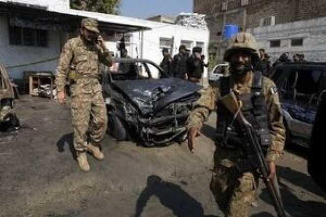 کشته شدن ۴ نظامی بر اثر انفجار بمب در بلوچستان پاکستان