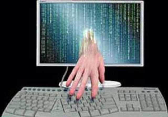 دستگیری سارق اینترنتی در چالوس