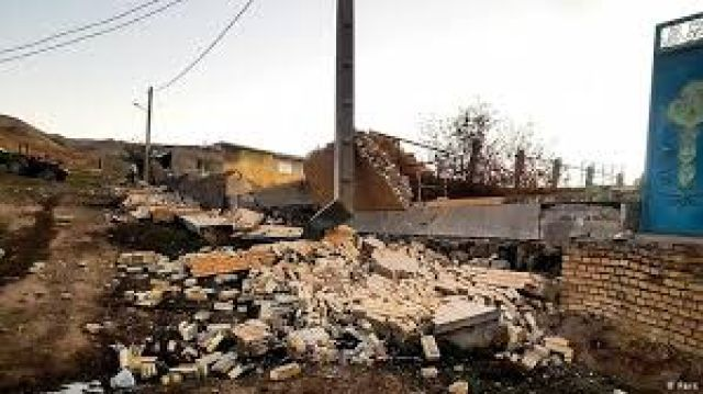پایداری کامل آب و برق در مناطق زلزله زده غرب کشور/تشکیل کارگروهی برای برآورد اولیه خسارت