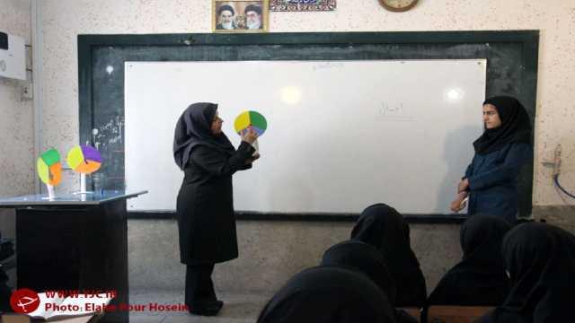 ساماندهی حقوق معلمان خرید خدمات/ پرداخت عیدی فرهنگیان با حقوق بهمن