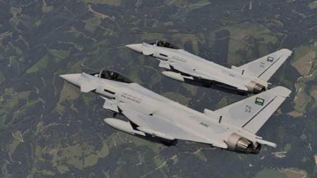 حملات هوایی سعودیها برای جلوگیری از پیشروی نیروهای یمنی