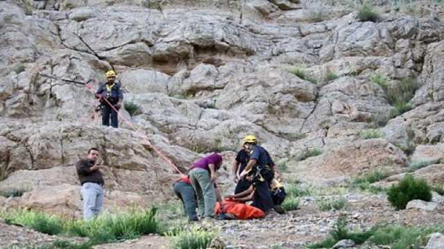 سقوط فرد ۳۶ ساله در پارک کوهستان سمنان