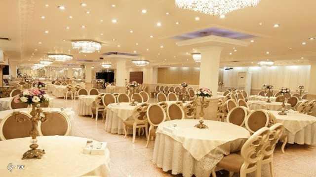 برگزاری مراسم عروسی کرونایی در تالارهای پذیرایی مهاباد