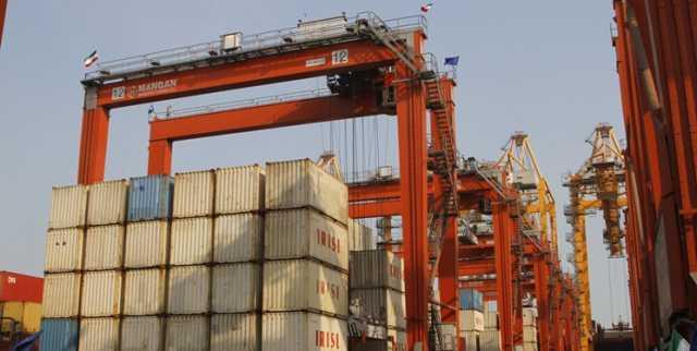 تنها سه مرز کشور نیمه تعطیل است/کاهش 18 درصدی حجم تجارت کشور بخاطر کرونا