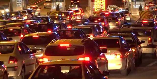 ترافیک شبانگاهی در مسیرهای خروجی شمال