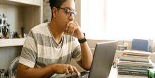 اجتماعات اینترنتی و مزایا و زیان های آنها برای جوانان