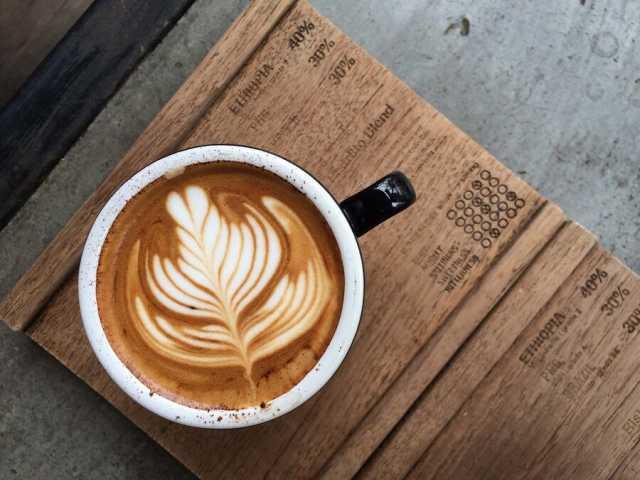طرز تهیه قهوه فوری | فوتوفنهای طرز تهیه یک فنجان قهوه خوشطعم