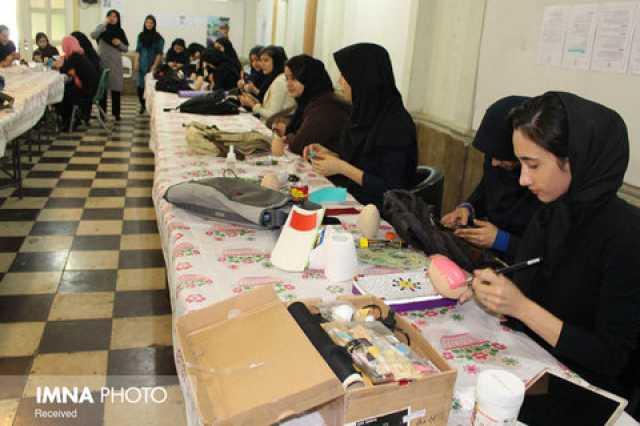 ورود ۶ هزار نیروی جدید به هنرستانها از مهر/اعلام رشتههای جدید کاردانش؛ بهزودی