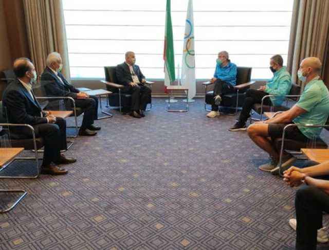صالحیامیری با توماس باخ دیدار کرد/ اهدای فرش به رییس کمیته جهانی المپیک