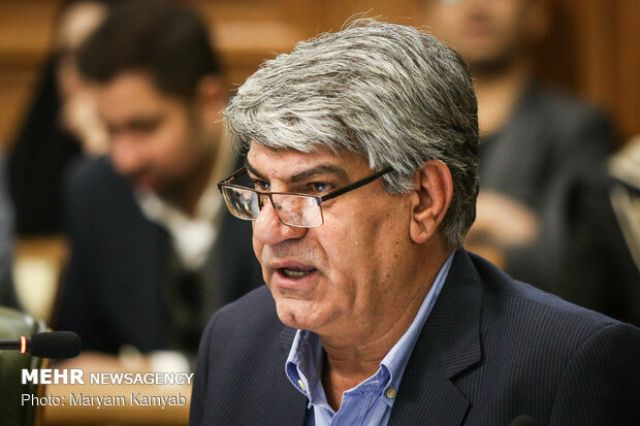 انتقاد از سخنان اخیر وزیر بهداشت درباره کارکنان بهشت زهرا (س)