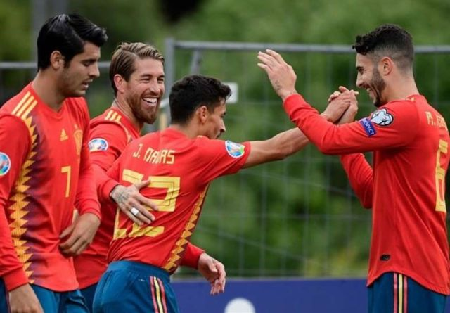 بازیکن دیناموزاگرب به تیم ملی اسپانیا دعوت شد/ بازگشت آلکاسر و موراتا به خط حمله ماتادورها
