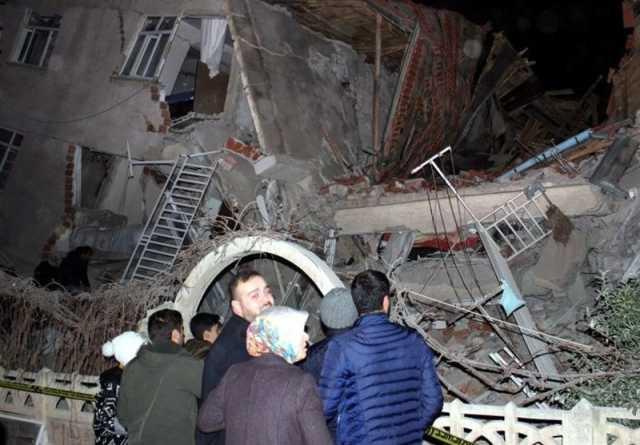 افزایش تعداد تلفات زلزله ترکیه به ۱۴ کشته و ۲۷۰ زخمی