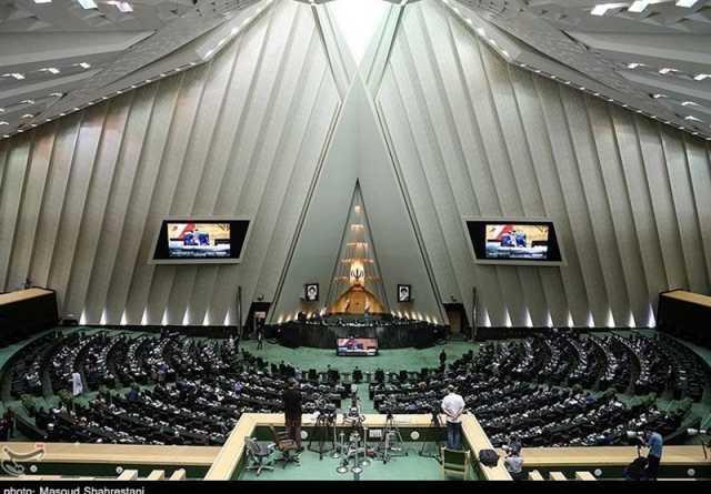 احضار وزیر صمت به مجلس در روز چهارشنبه