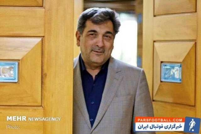 شهردار تهران آرای خود را به صندوق انداخت