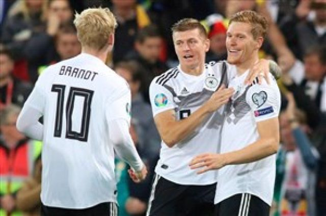 پیروزی آلمان، هلند و بلژیک در مقدماتی یورو