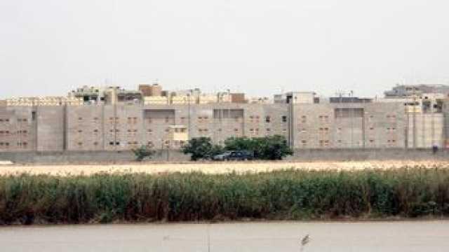 آمریکا با تصمیم بستن سفارت خود در عراق چه اهدافی را دنبال میکند؟