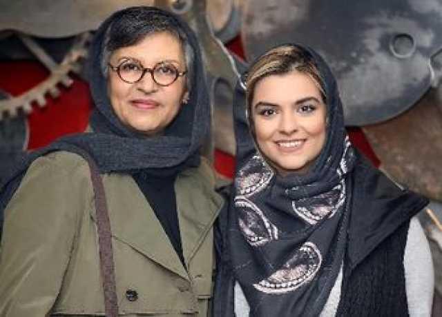عکس قدیمی مادر و دخترِ مشهورِ سینما و تلویزیون