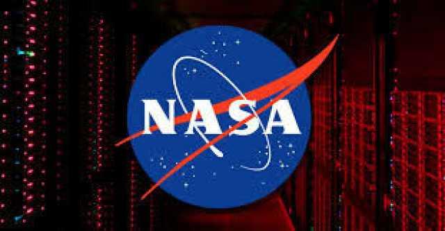 تصویر روز ناسا از تعمیرات در فضا +عکس