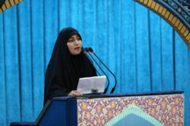 فیلم/ اشکهای فرزند سردار سلیمانی هنگام قرائت وصیتنامه فرمانده شهید مقاومت