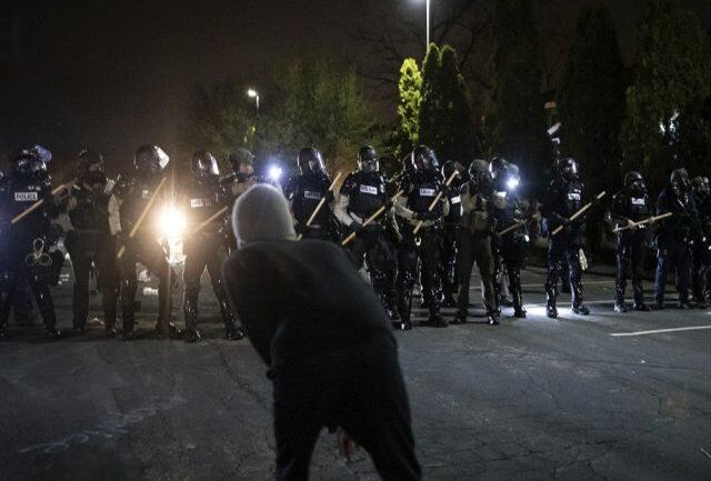 درگیری پلیس با معترضان+جزییات