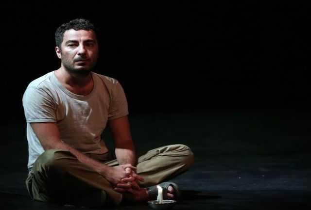 نمایش فیلمتئاتر «پچ پچههای پشت خط نبرد» با بازی نوید محمدزاده